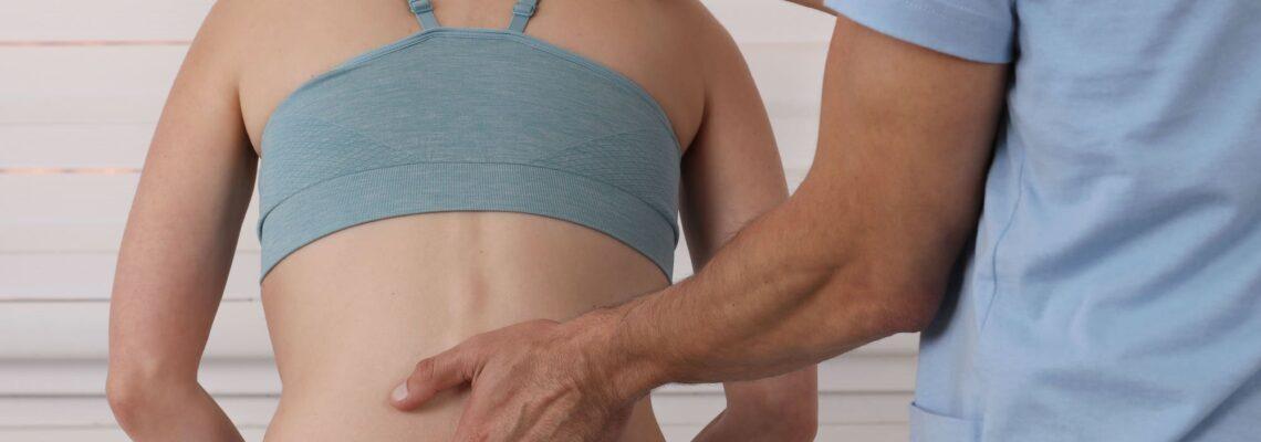 Mal di schiena: 5 rimedi per guarire (uno è davvero innovativo!)